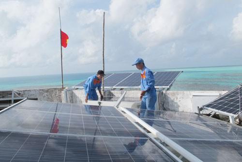 KINH TẾ BIỂN VÀ CHỦ QUYỀN QUỐC GIA (*): Xây dựng kinh tế biển xanh - Ảnh 2.