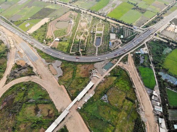 Thủ tướng: Bảo đảm năm 2020 thông xe cao tốc Trung Lương - Mỹ Thuận - Ảnh 1.