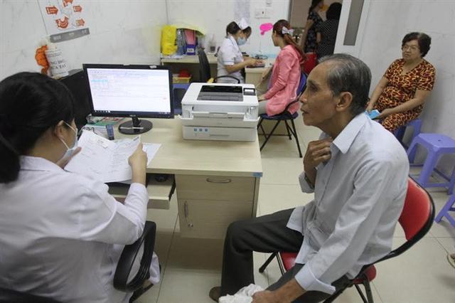 Từ 20-8 đồng loạt tăng giá hơn 1.900 dịch vụ khám bệnh BHYT - Ảnh 1.