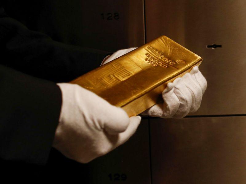 Mark Mobius: Nhà đầu tư nên mua vàng ở bất kỳ giá nào