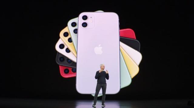 Apple trình làng loạt iPhone mới