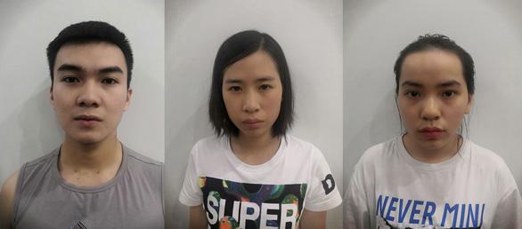 TP.HCM bắt băng nhóm người Trung Quốc cho vay nặng lãi qua app - Ảnh 2.