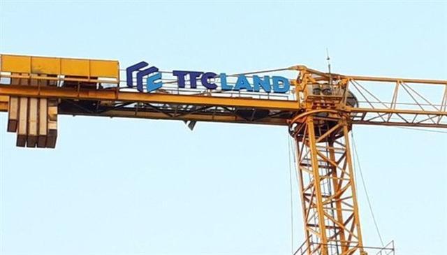 """""""Sóng ngầm"""" ở TTC Land"""