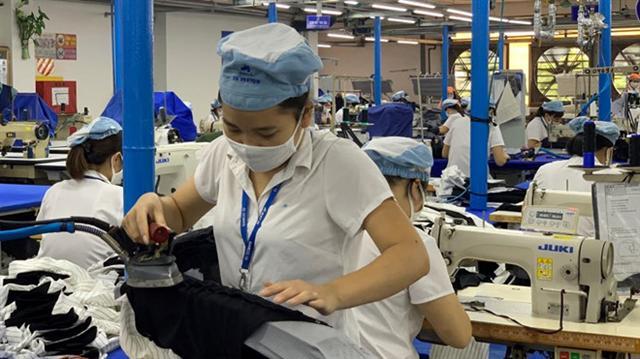 Tổng LĐLĐ Việt Nam đề xuất cho lao động nữ về hưu ở tuổi 58