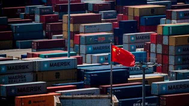 Xuất-nhập khẩu của Trung Quốc giảm mạnh hơn dự báo