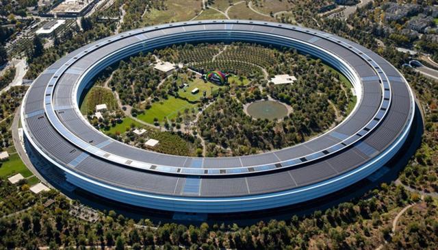 Vì sao Apple, Microsoft, Google bắt đầu 'tiêu' khối tiền mặt khổng lồ?