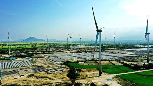 Từ 2021, mỗi năm Việt Nam sẽ thiếu hàng tỉ kWh điện - Ảnh 1.