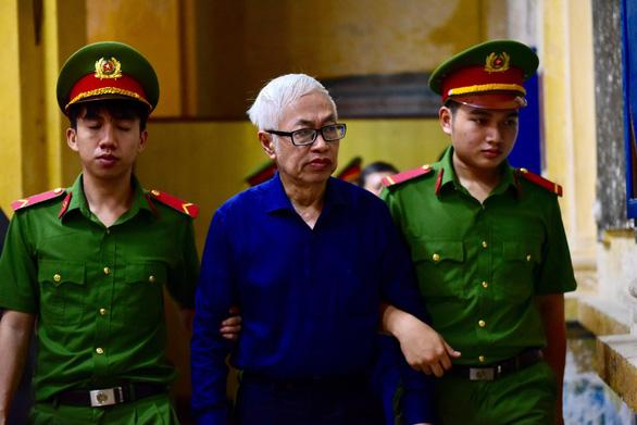 Tiếp tục đề nghị truy tố cựu lãnh đạo Ngân hàng Đông Á Trần Phương Bình - Ảnh 1.
