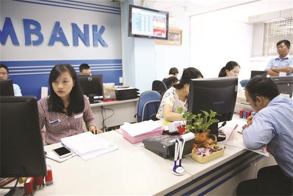 Eximbank chưa 'an cư' sao 'lạc nghiệp'