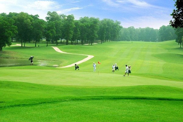 Cho phép làm 2 sân golf ở Quảng Nam và Lào Cai hơn 1000 tỉ đồng - Ảnh 1.