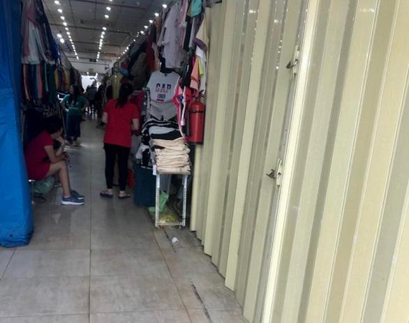 Tiểu thương Saigon Square, Lucky Plaza đồng loạt đóng cửa quầy - Ảnh 2.
