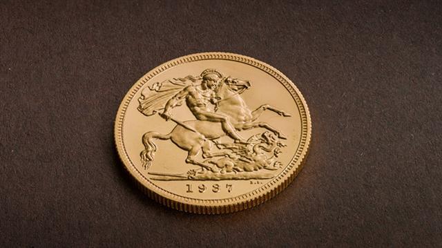 Đồng xu vàng hiếm có được bán với giá kỷ lục tại Anh