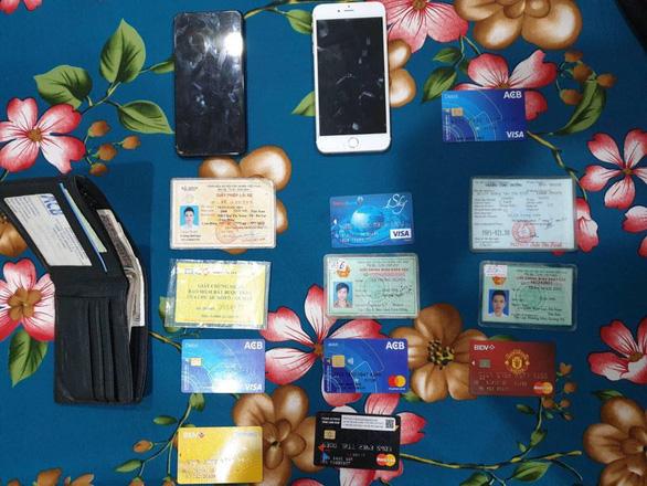 Phá đường dây mua bán phần mềm gián điệp điện thoại trên mạng internet - Ảnh 2.