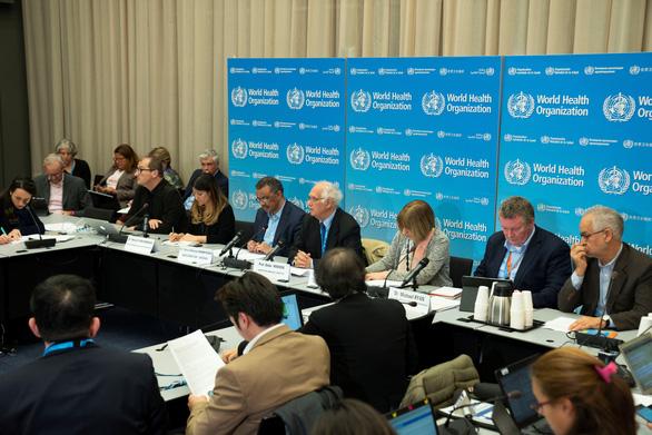 WHO: Dịch viêm phổi cấp chưa phải là vấn đề y tế khẩn cấp toàn cầu - Ảnh 1.