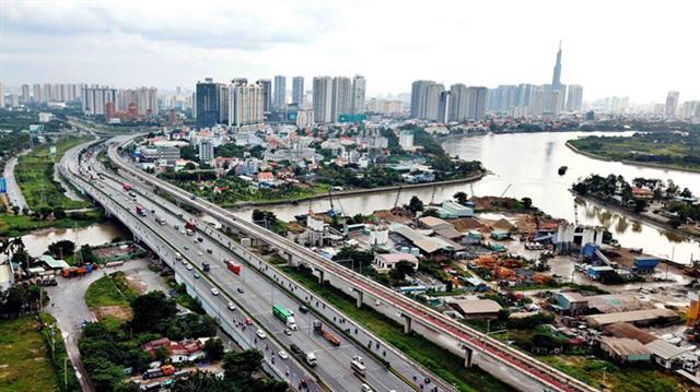 Khai thông đường, cầu để phát triển