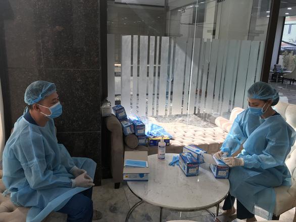 Đang phát miễn phí hàng trăm ngàn khẩu trang y tế tại TP.HCM - Ảnh 8.