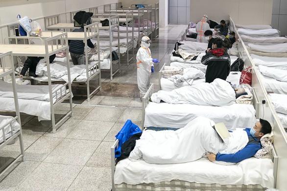 Cập nhật dịch corona ngày 6-2: Thêm 74 người chết, hơn 3.000 trường hợp nhiễm mới - Ảnh 1.