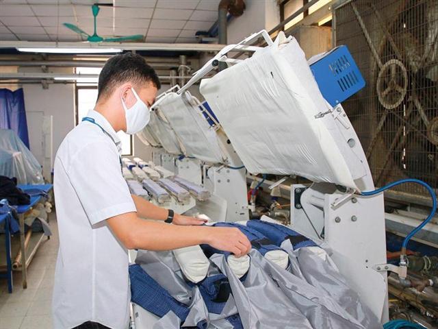 Vietnam's business community gauges 13.5 per cent fall in 2020 revenue