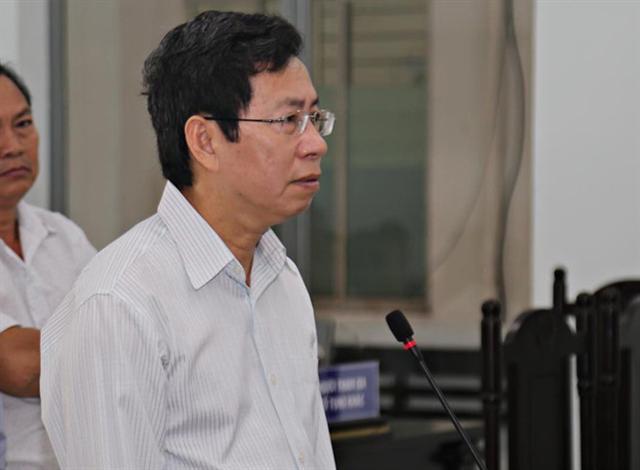 Phó chủ tịch UBND thành phố Nha Trang Lê Huy Toàn hầu tòa