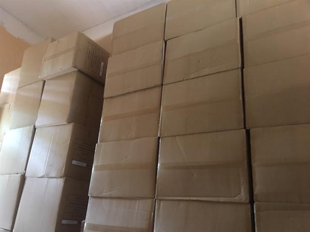 Đà Nẵng: Tạm giữ hơn 200.000 khẩu trang không nhãn mác - Ảnh 1.