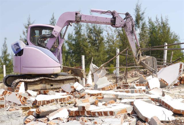 Xử lý nghiêm nếu phát hiện cán bộ tham gia lấn chiếm đất tại KKT Nhơn Hội
