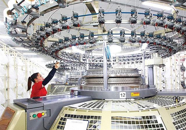 Vietnam attracts $4 billion FDI capital despite COVID-19 crisis