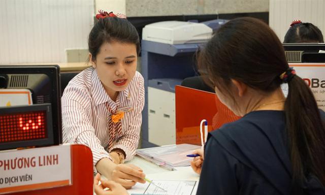 Banks cut deposit rates as credit demand dwindles