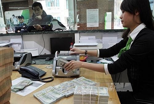 Reference exchange rate up 2 VND at week's beginning