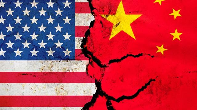 trung quoc my cang thang huawei 2 - Mỹ Nhắm Vào Huawei, Tại Sao Trung Quốc Trì Hoãn Phản Đòn?