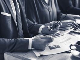 Quan hệ Nhà đầu tư (IR) tác động gì đến định giá doanh nghiệp?