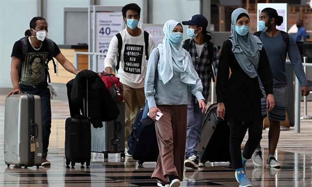 Những người nước ngoài khốn khổ ở Singapore