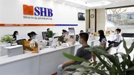 SHB: Dự kiến trả cổ tức 10% trong quý 2 và 10.5% trong quý 3, chào bán cổ phần giá 12,500 đồng