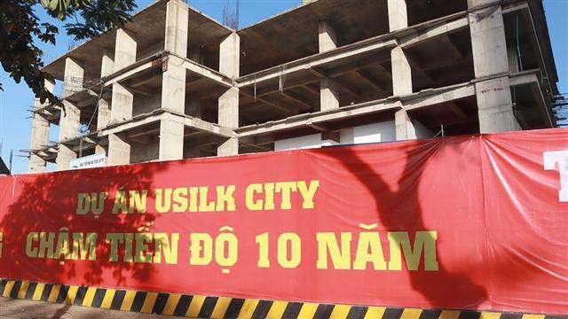 Mua nhà cả thập kỷ chưa được bàn giao: 'Nỗi niềm' khách hàng dự án Usilk City