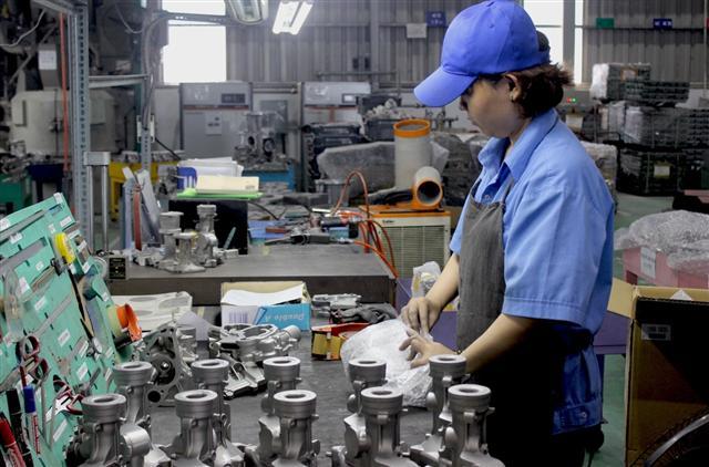 Vietnam seeks foreign investment to enhance support industry capacity