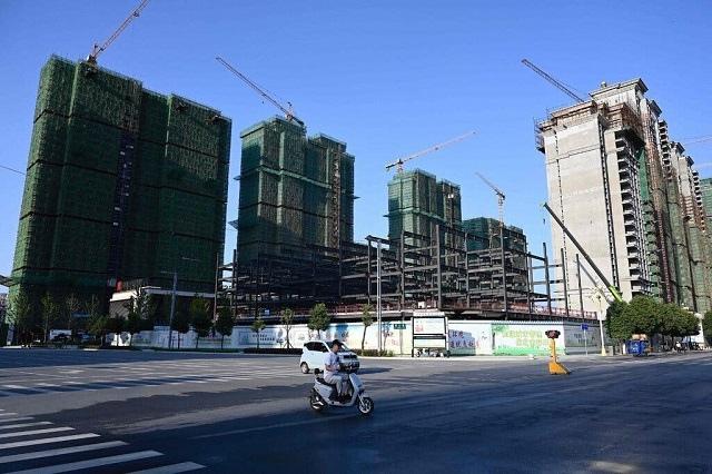 Kinh tế Trung Quốc chao đảo vì khủng hoảng năng lượng và nhà đất